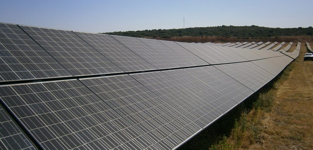 Avanzalia has trusted Enertis with an independent technical advisory for the refinanciation of 24 installations of 100kW each, integrated in the photovoltaic project 'Dulcinea Solar', in Spain.